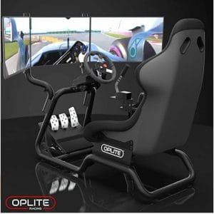 L'OPLITE GTR COCKPIT avec un volant et des écrans